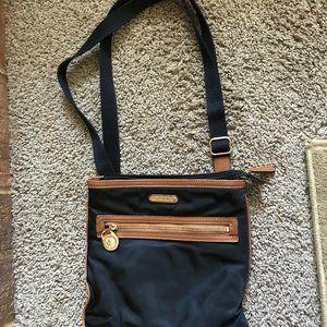 Michael Kors Women's Cross body Bag